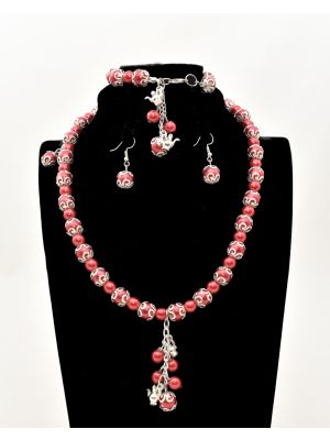 Queen Red Pearl Accessory Set