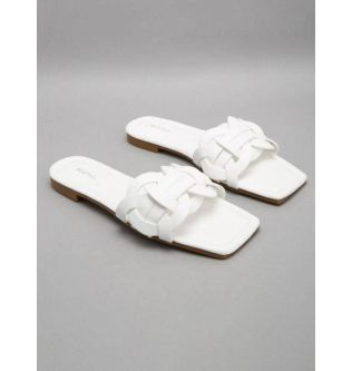 Red Tag White Casual Flat Sandals for Women